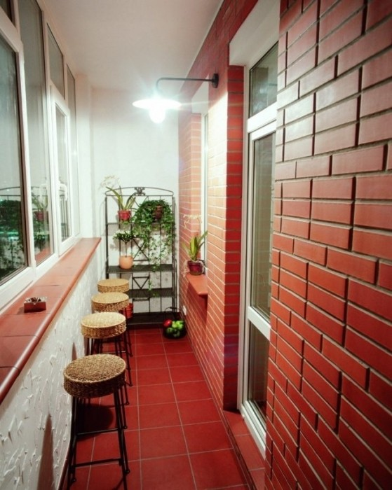 Первая балконная компания. отделка.