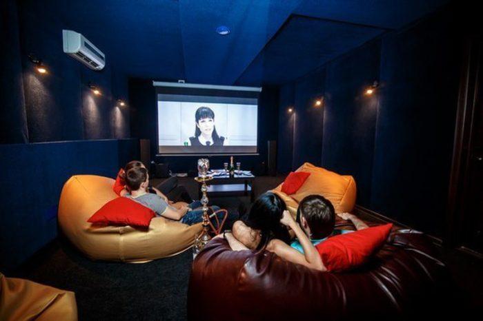 Сколько можно заработать на сети индивидуальных кинотеатров?