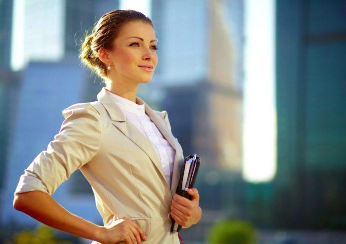 Как выбрать офисный стиль одежды для девушек